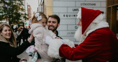 900 Shops Santa Breakfast