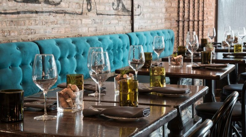 Uvae Kitchen & Wine Bar Hosts Wine Dinner